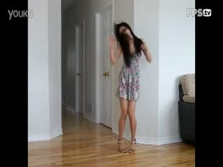 短裙美女热舞 性感热舞自拍