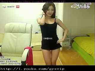 韩国美女主播跳热舞 连衣短裙身材喷血劲爆热舞