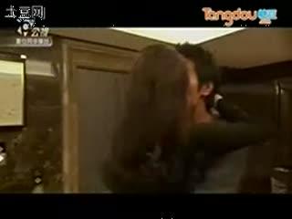 密爱 激情床吻戏片段