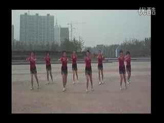莉莉广场舞青海情歌_2013广场舞西湖莉莉西海情歌免费在线观看
