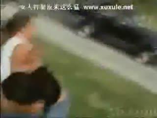 美女打架扒衣 视频在线观看