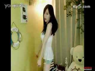 韩国美女主播热舞自拍