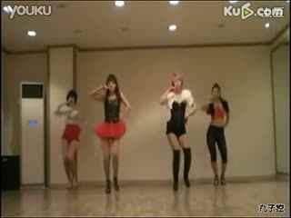 韩国美女主播激情热舞艳自拍