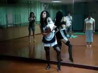 甩奶舞 肚皮舞美女热舞