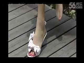美女肉色丝袜脚图片【靓妹q:726304437 华数tv