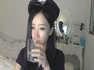 韩国美女主播朴妮唛诱惑自拍