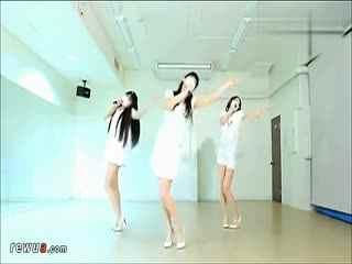 日本口罩萝莉美女热舞三人组性感可爱舞蹈