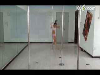 钢管舞日本长靴美女性感钢管舞