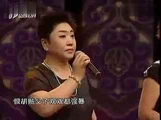 曲艺生活照_童静怡用欢笑启航让曲艺不朽_校园人物_高校