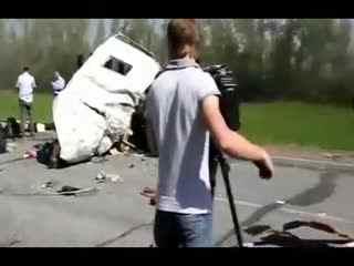 车祸现场女尸 谁能阻止这些神一样的人物车祸集锦