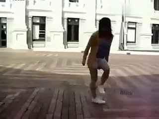 女生鬼步舞视频 纯粹的墨尔本曳步舞
