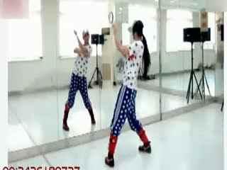街舞视频_20140225_简单好看的女生街舞教学视频图片