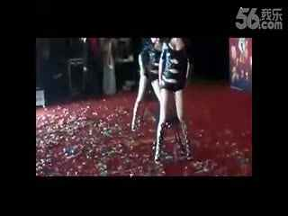 豹纹内女美女椅子舞
