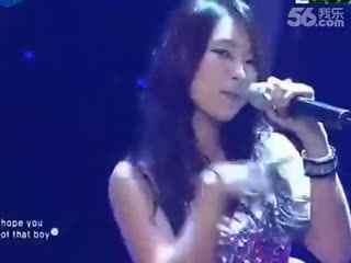 性感韩国美女热舞自拍