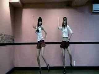 超短裙可爱美女热舞 性感爵士舞