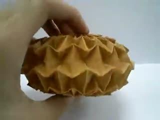 折纸大全 图解 纸球图片 三角插纸折纸蝴蝶图解,三角插纸折纸孔雀图解图片